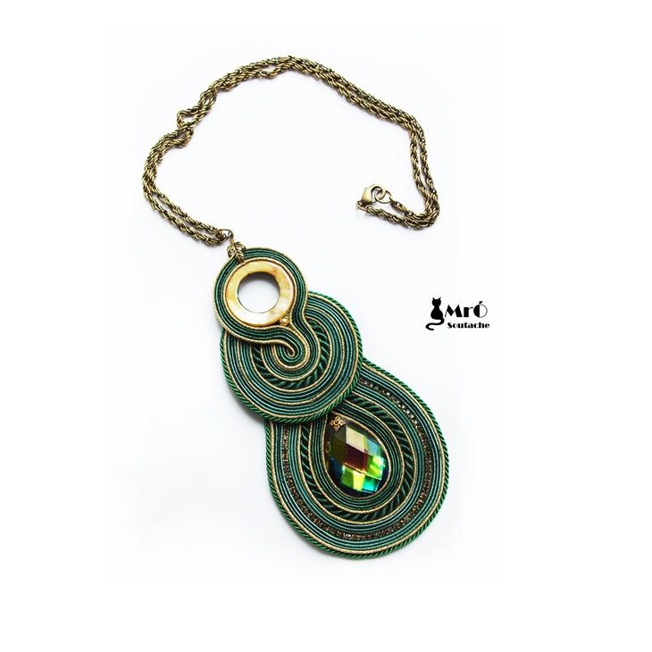 Christa soutache pendant green and gold whit por MrOsOutache