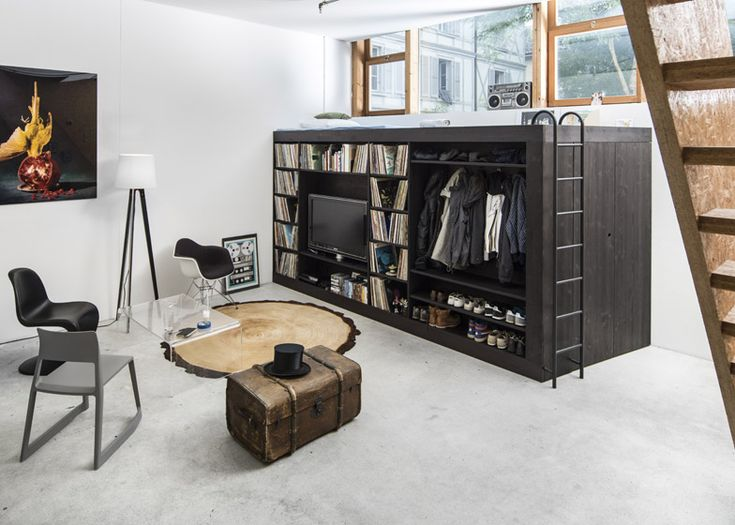 This space-efficient box creates compact storage solutions for studio apartments
