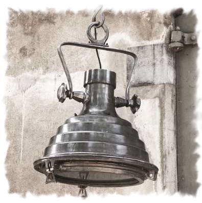 PTMD Rough lead lamp XL nog twee beschikbaar van 475 voor 425 euro en met GRATIS verzekerde verzending!