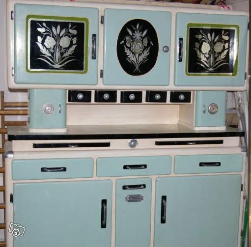 want meuble vintage formica cuisine pinterest vintage amour et commodes. Black Bedroom Furniture Sets. Home Design Ideas