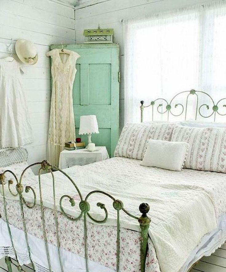 Bedroom Shabby Chic Wallpaper: Best 25+ Shabby Chic Bedrooms Ideas On Pinterest