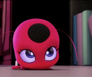 Miraculous Ladybug - Tikki>>>>SHE IS SO CUTE I CANNOT HANDLE IT. I've seen this episode so many times and each time my heart melts when I see this clip