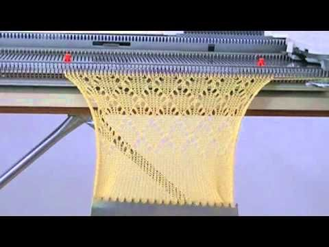 Testing the LC-2 lace carriage with my Singer 740 knitting machine - http://www.knittingstory.eu/testing-the-lc-2-lace-carriage-with-my-singer-740-knitting-machine/