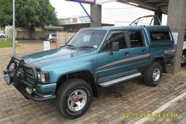 1994 Toyota Hilux Raider 2.2 D/Cab 4x4Canopy, Roll Bar, Tow Bar, Bull Bar