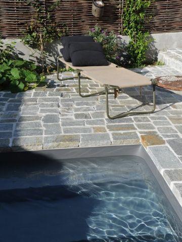Les 25 meilleures id es de la cat gorie liner piscine sur pinterest liner pour bassin liner for Liner noir piscine