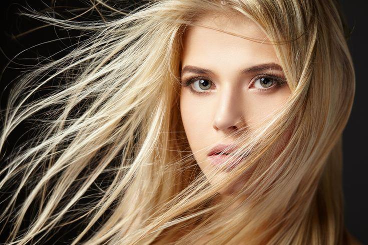 Näin tyylittelet pitkät hiukset 20-, 30- ja 40-vuotiaana - lue vinkit