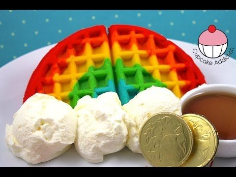 Como fazer  Waffles Arco-íris!! How to Make RAINBOW WAFFLES!
