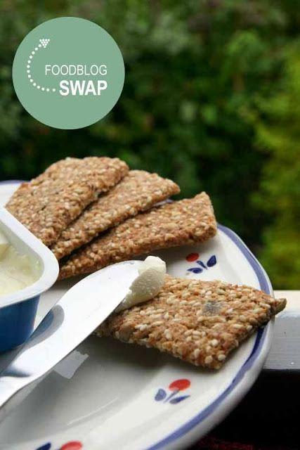 Foodblogswap oktober 2013, Crackers sesam-boekweit-haver-spelt