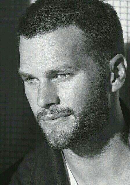 Simply TOM BRADY! New England Patriots QB! My Tom Brady he's beautiful