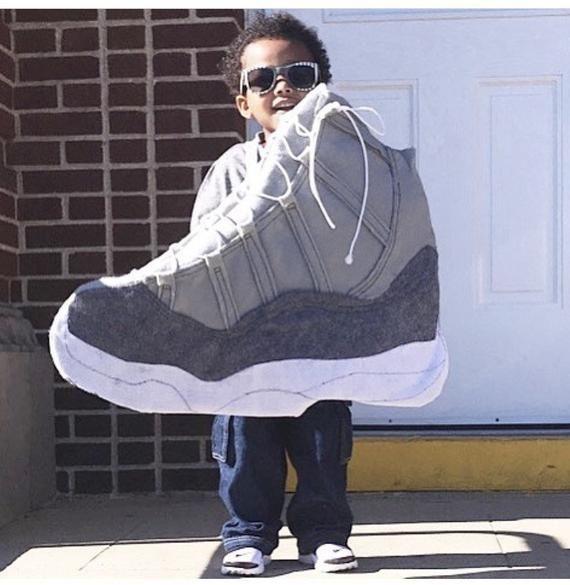 Jordan Sneaker Costume