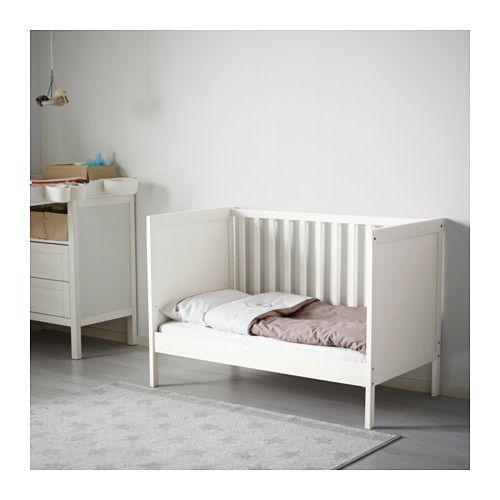 SUNDVIK Dětská postýlka  - IKEA