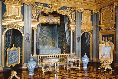 Chinoiserie Period, Bedchamber of Queen Hedvig Eleonora (1683). Textiles from 1740s.  Dorttningholm Palace, Sweeden.