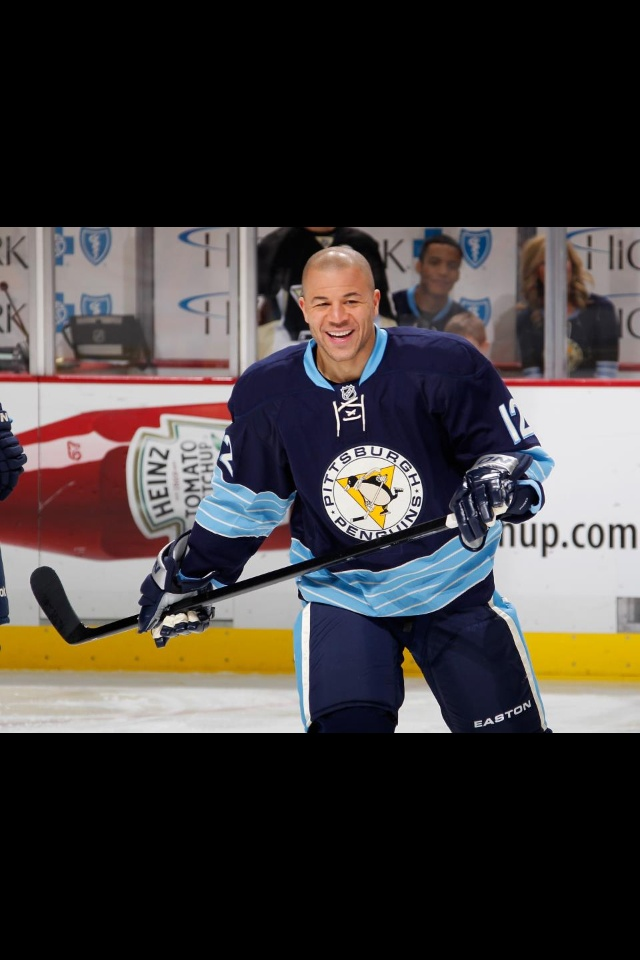 Jarome Iginla's 1st game as a Pittsburgh Penguins