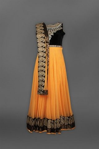 Featuring this beautifulBlack & mango Anarkali in our wide range of Suits. Grab yourself one Now!