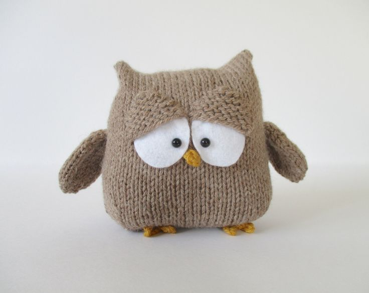 Oscar the Owl toy knitting patterns by fluffandfuzz on Etsy