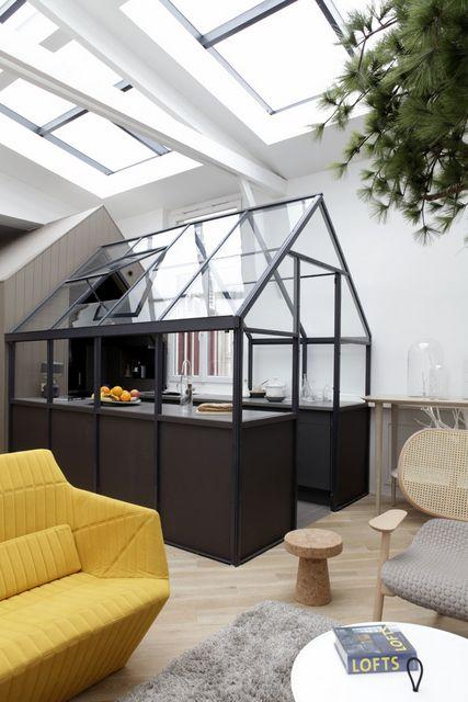 Verrière cabane dans un appartement parisien...