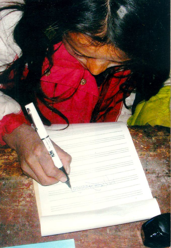 Drokpa child with pen kindly donated by Nutri Advanced, who have generously donated thousands of pounds of food supplements for over 10 years, to the people that T.E.R.A. supports.   Thank you to our friends at Nutri Advanced!