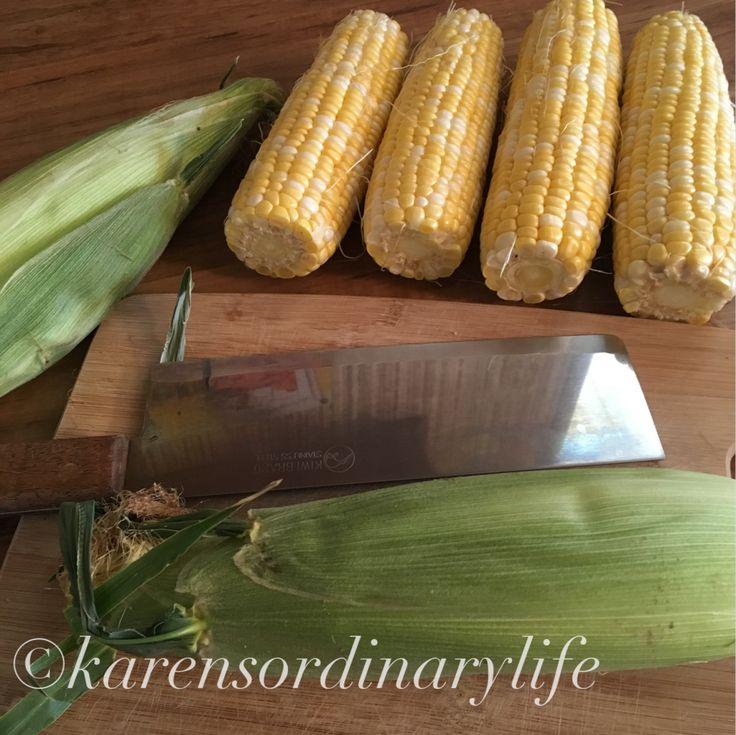 An Easy Way to Shuck Corn