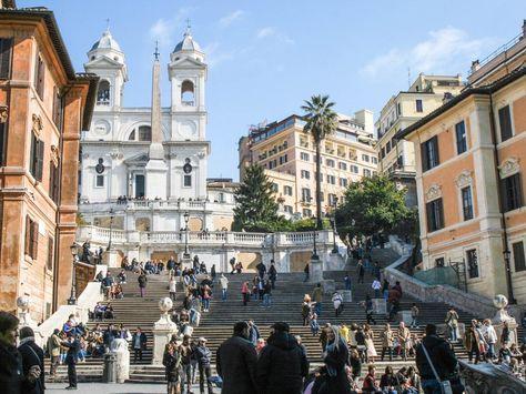 Rome : mon cityguide pour un premier long week-end dans la cité éternelle ! Ici, les escaliers de la place d'Espagne