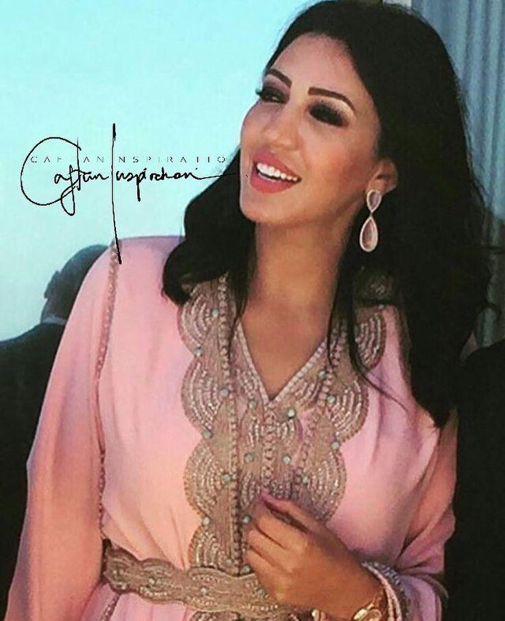 "1,025 Likes, 5 Comments - Caftan Inspiration By Noor 🦋 (@caftan_inspiration) on Instagram: ""Asmae 🌸 @asmalmnawar…"""