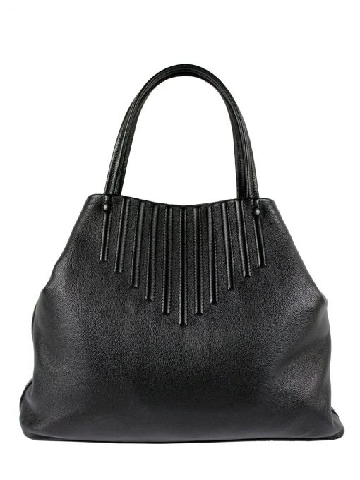 Extremely original, leather handbag shoulder. The bag is black. From the inside it is decorated with quilted lining also in black. The whole decorated with leather handle. Additionally, in the middle there are two zipped pockets and a leather pocket for your phone. The bag is fastened with metal clasp. After the stretching in the middle of the bag becomes a large rectangle, making it possible to carry large formats. PRICE: 1 090 zł http://goshico.com/en/duza-torba-na-ramie-kameleon-1421.html