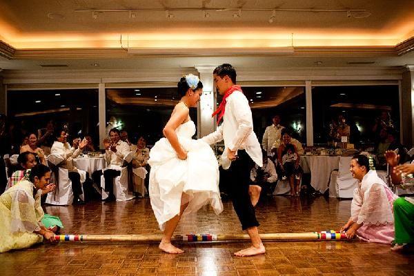 25 Amazing Wedding Traditions From Around The World: Best 25+ Filipino Wedding Ideas On Pinterest