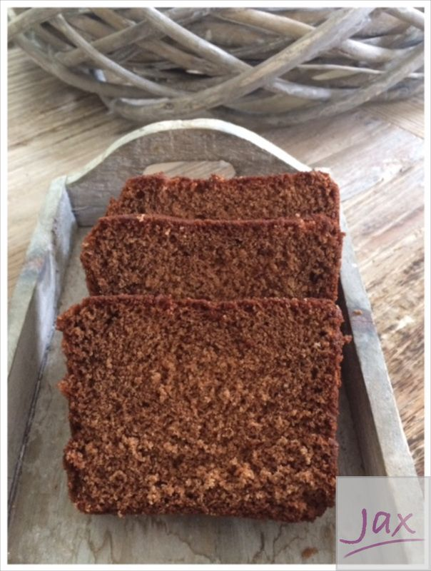 Dutch 'ontbijtkoek' and spicemix for speculaas and ontbijtkoek