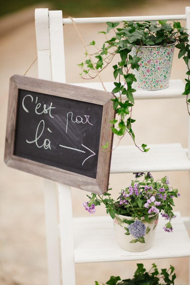 ©Lisa Dawn Photography - Joli mariage en vert - La mariee aux pieds nus