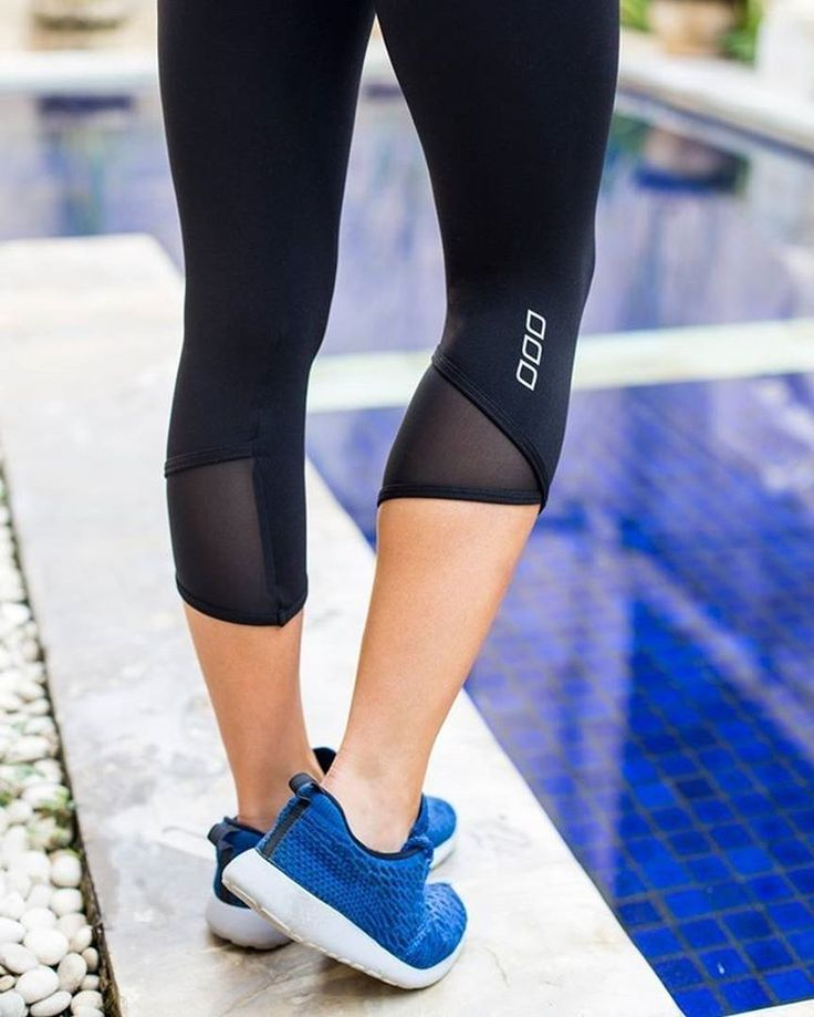 When times call for you to put your positive pants on... the Teighan Core 7/8 Tights are the answer! Shop this exclusive style via www.lornajane.com #thisisactiveliving #lornajane #movenourishbelieve #activeliving
