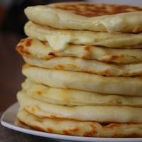 Les Cheese Naans, ou pains indiens au fromage More