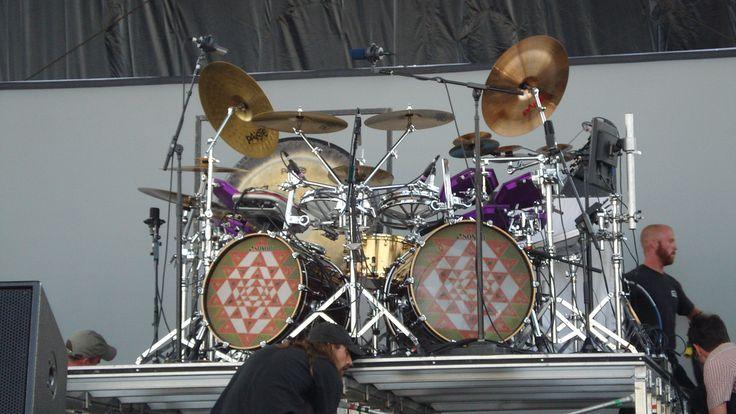 Danny Carey - Tool (front) My favorite drummer's kit!!