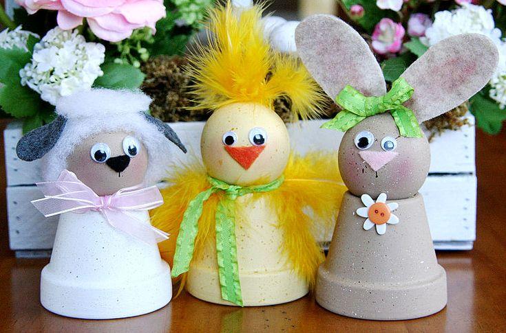 Paasfiguren gemaakt van een bloempot.