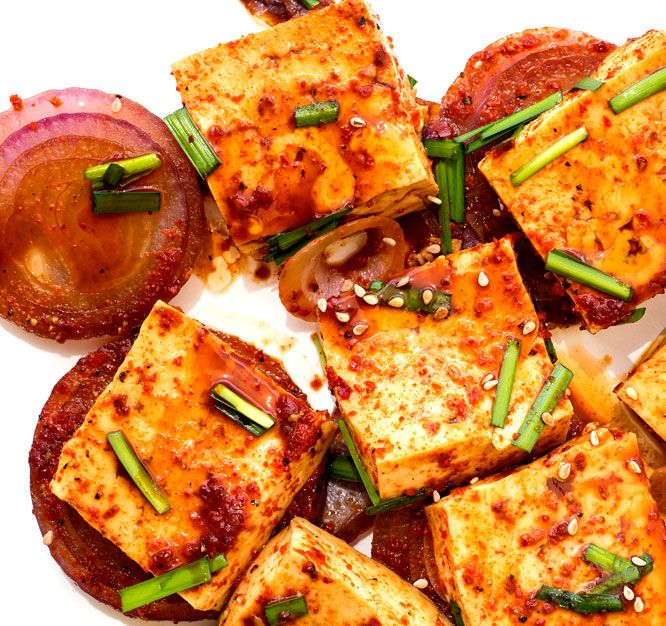 I love easy tofu recipes. Tofu recipes are usually quick to make and they are a great source of vegetable proteins. Korean braised tofu dish is delicious.