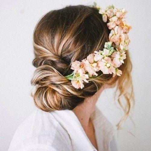 Lovin' this flower crown hair accessory!!