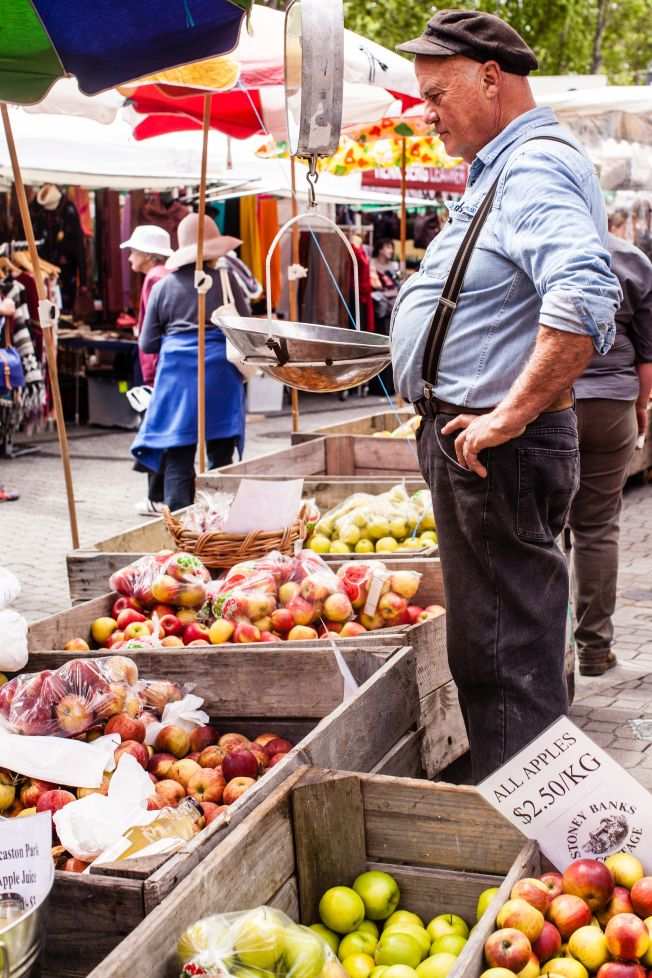 On Saturdays, Salamanca Place comes alive with the famous Salamanca Market operated by the Hobart City Council. Over 300 stallholders sell fresh and gourmet produce, arts, crafts from all over Tasm...