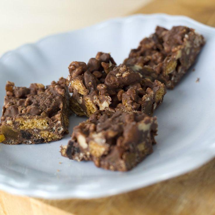 Denne sjokoladekaken er perfekt når du enten ikke har stekeovn tilgjengelig eller rett og slett