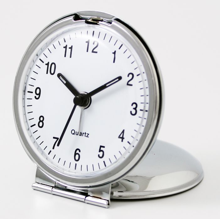 This lovely engraved travel alarm clock makes a wonderful personalised gift for Mum on Mothers Day or special friend.