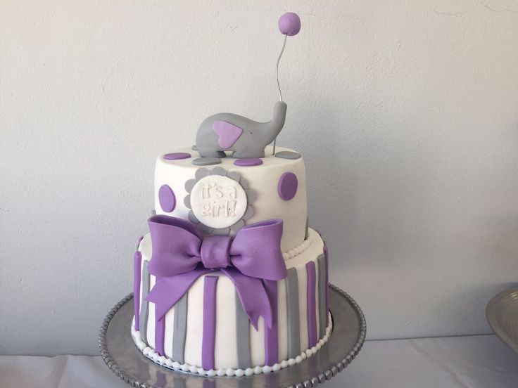 Baby shower cake. Purple and grey baby shower cake. Baby Shower elephant theme. Purple bow on the cake