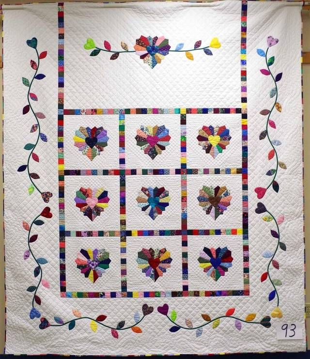 505 best Dresden plate quilts images on Pinterest Dresden plate quilts, Quilt blocks and Quilt ...