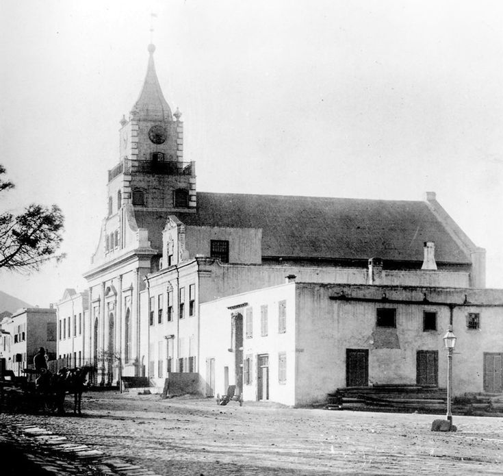 The Luthern Church, Cape Town | The Luthern Church, Sexton's Dwelling, Parsonage (Martin Melck House) and on the corner the VOC Grainary, all dating from the late 1700s. Photo: Arthur Elliott (1870-1938) Wikipedia Entry