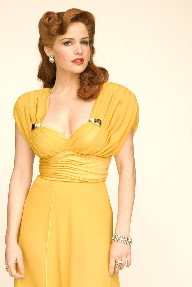 "Carla Gugino as Sally Jupiter in ""Watchmen"" 