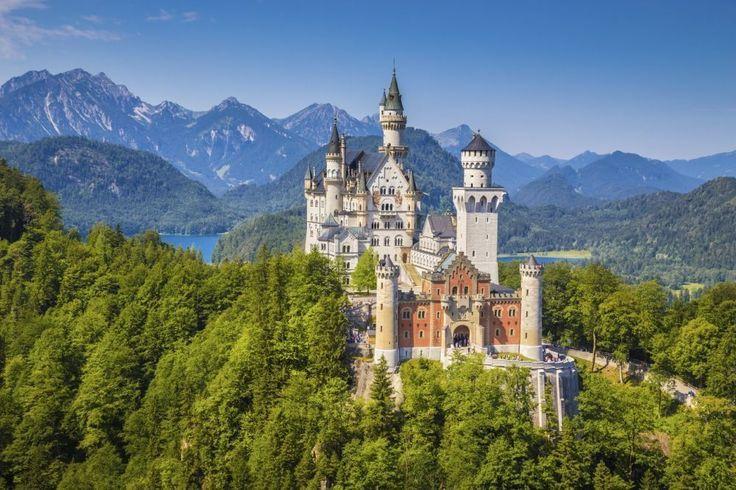 Route Romantische Strasse in Duitsland: 350 km lange route langs enkele van de mooiste stadjes en kastelen in Duitsland.