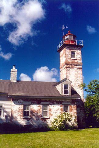 Horse Island Lighthouse, New York | Lake Ontario (saw it from Sackett's Harbor Battlefield)