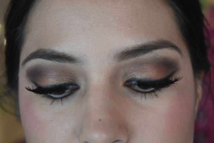Teens eye makeup