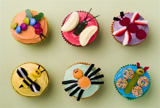 cupcakes for kids | Bug Cupcakes These bugs are great fun to make and the kids will enjoy ...