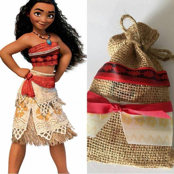 Este articulo esta disponible en: Fiesta infantil temática de Moana hawaiana El tema de Moana hawaiana es sin pensarlo uno de los mas buscados para esta temporada de verano 2017,