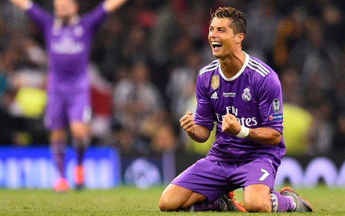 Download wallpapers Cristiano Ronaldo, Real Madrid, CR7, purple football uniform, Spain, La Liga, football