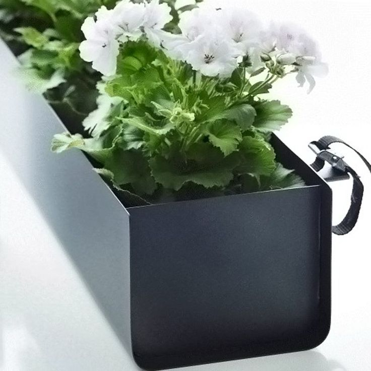 Svenssons i Lammhult - Möbler - Krukor och balkonglådor / Jorda balkonglåda / svart, 100 cm
