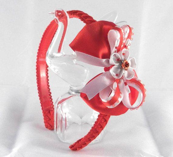 Ободок с красным бантом. от LazuritLouise на Etsy, $10.00