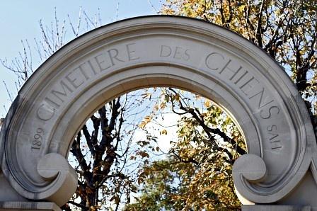 Le Cimetière des Chiens (El Cementerio de los Perros), París.